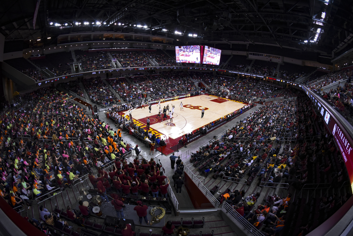 Boys' basketball: It's a sellout at Galen Center